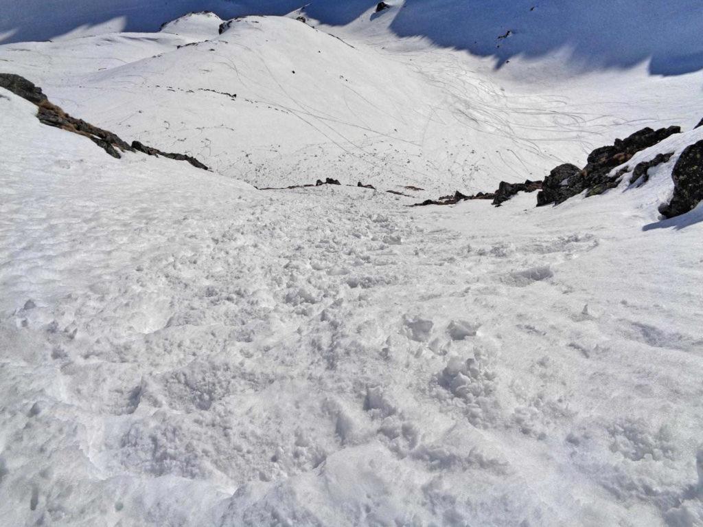 Zimowy wariant zejścia ze Szpiglasowej Przełęczy