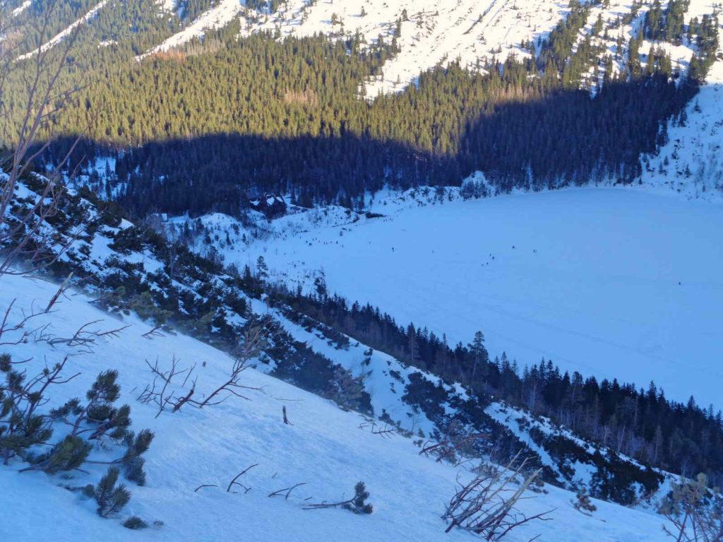 Zimowy wariant zejścia żółtym szlakiem