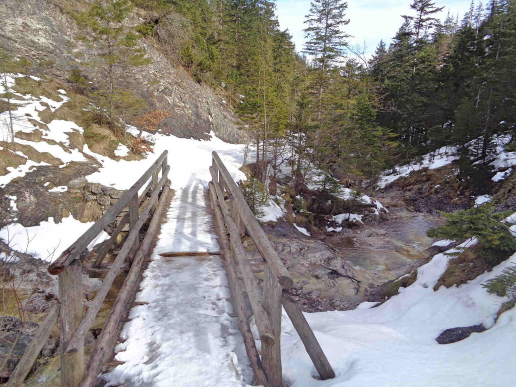 Dolina Białego zimą