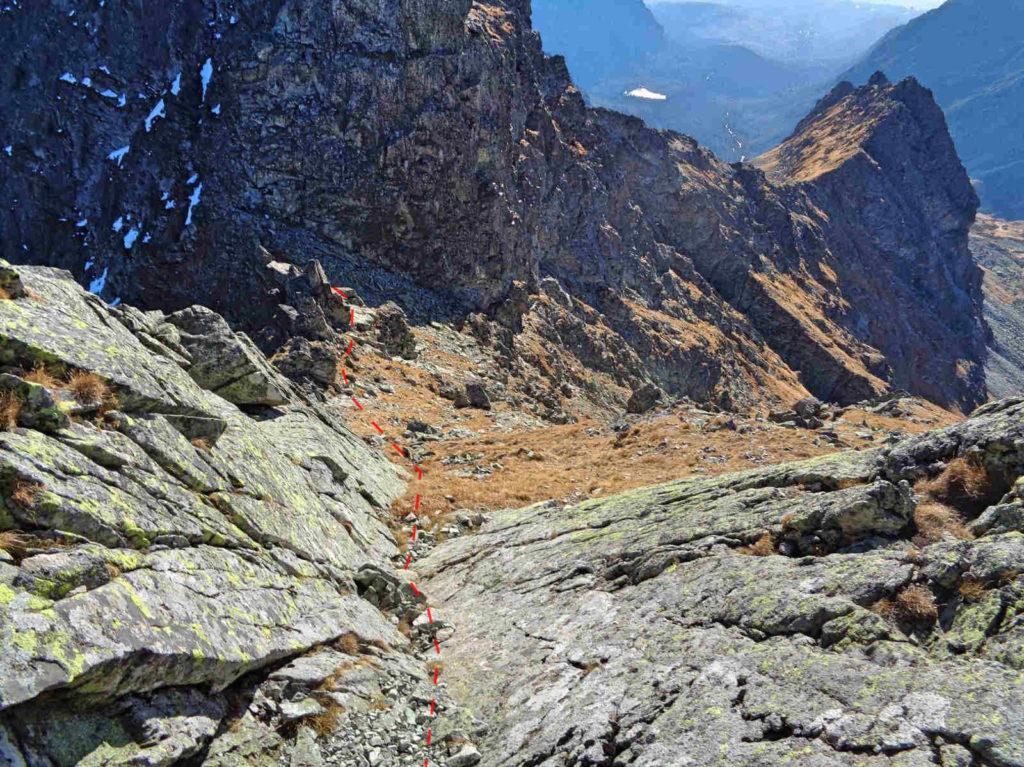 Zejście na Czarnostawiańską Przełęcz