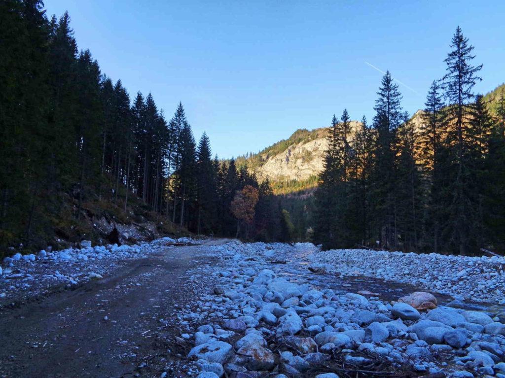 Szlak przez Dolinę Jaworową