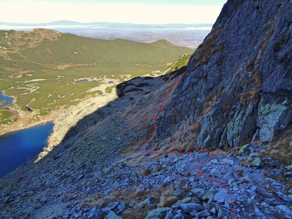 Zejście na Przełęcz Karb