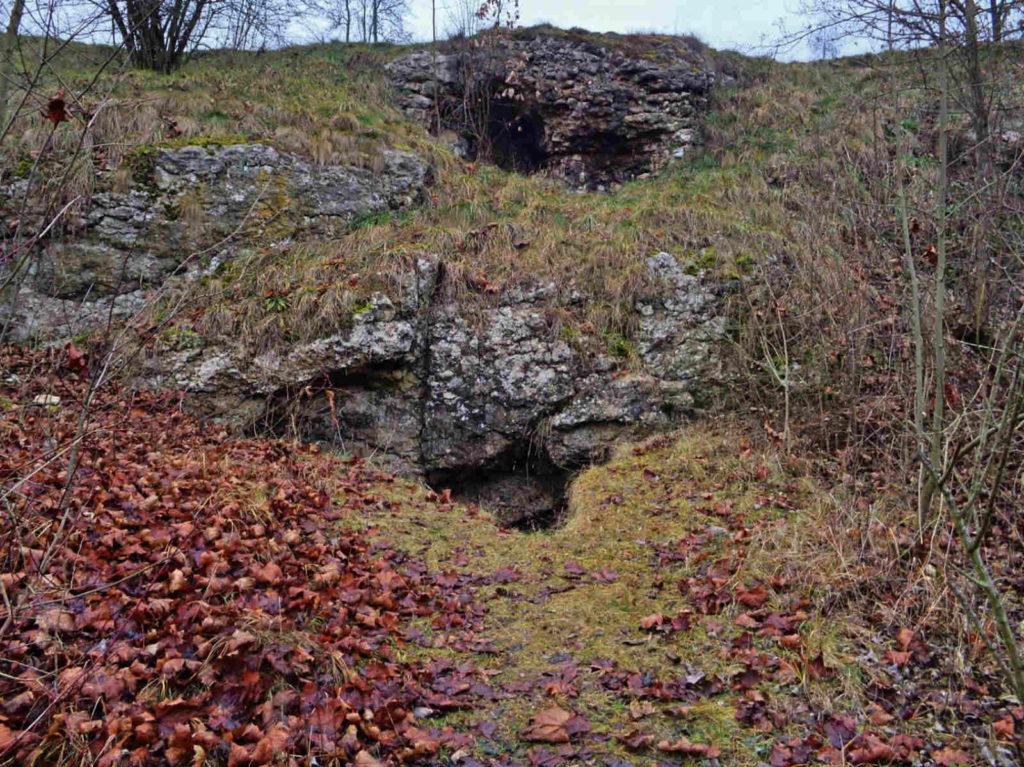 Jaskinia pod Nyżą
