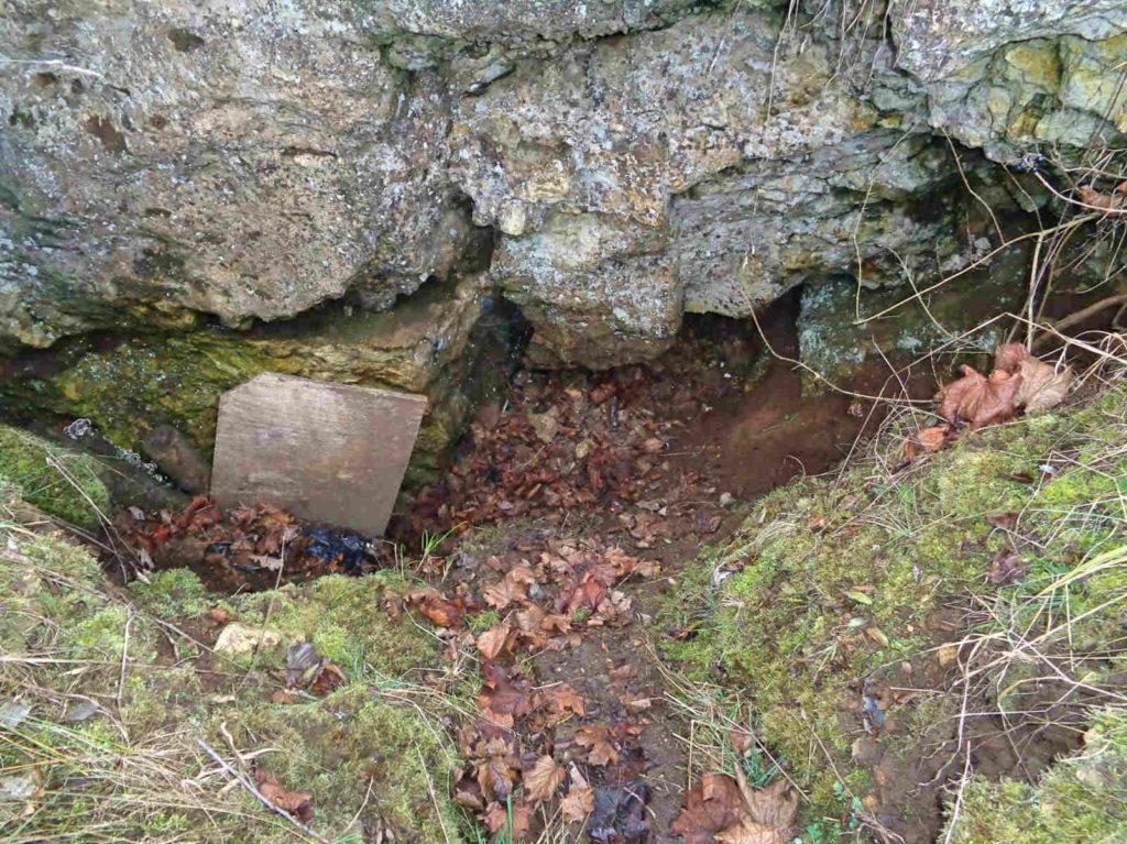 Jaskinia pod Nyżą, Kraków