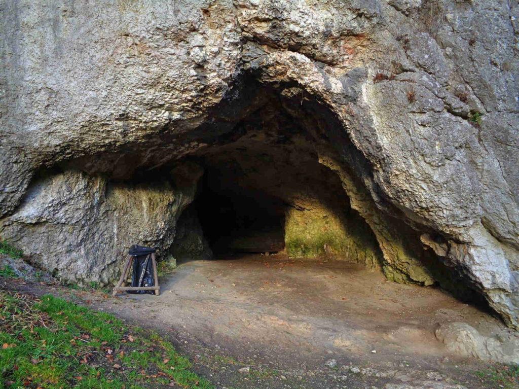OPN, Jaskinia Krowia