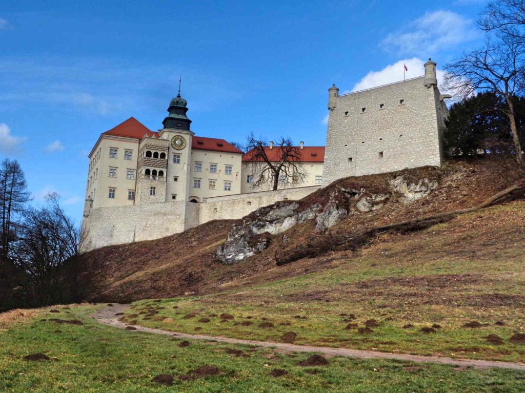 Pieskowa Skała, zamek