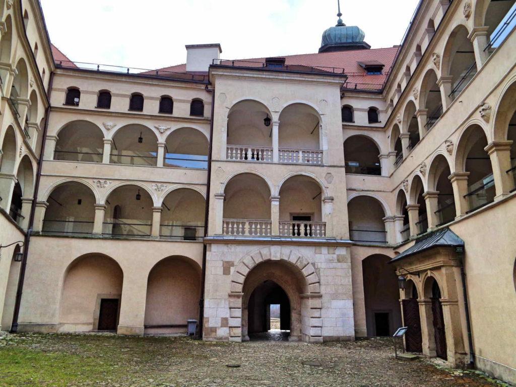 Zamek, Pieskowa Skała