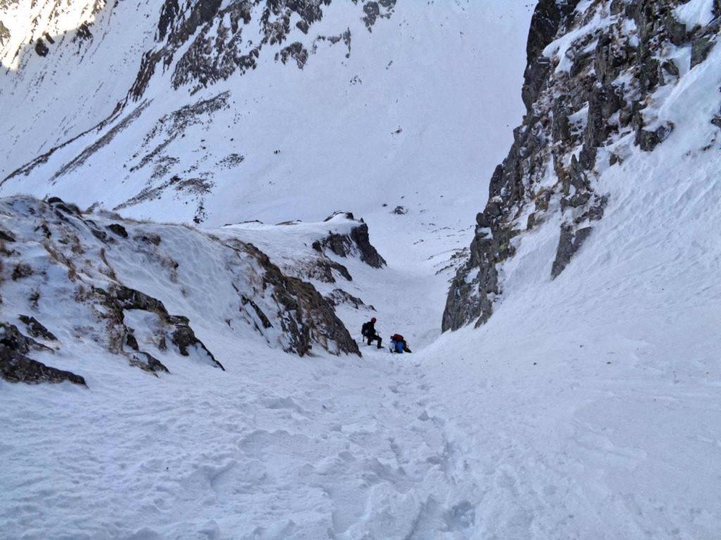 Kozia Przełęcz, zejście zimą