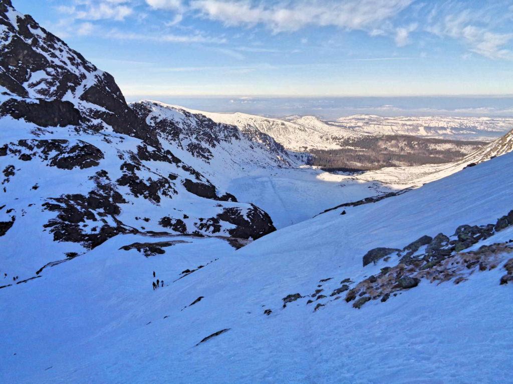 Szlak do Koziej Dolinki zimą