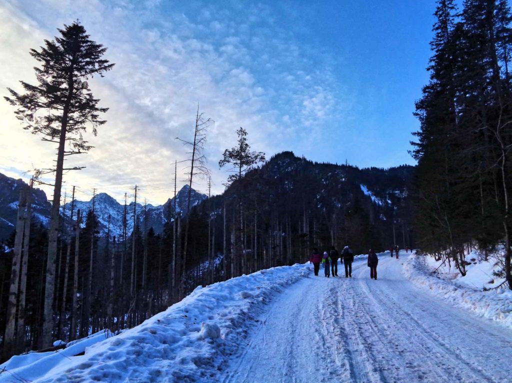 Szlak nad Morskie Oko zimą