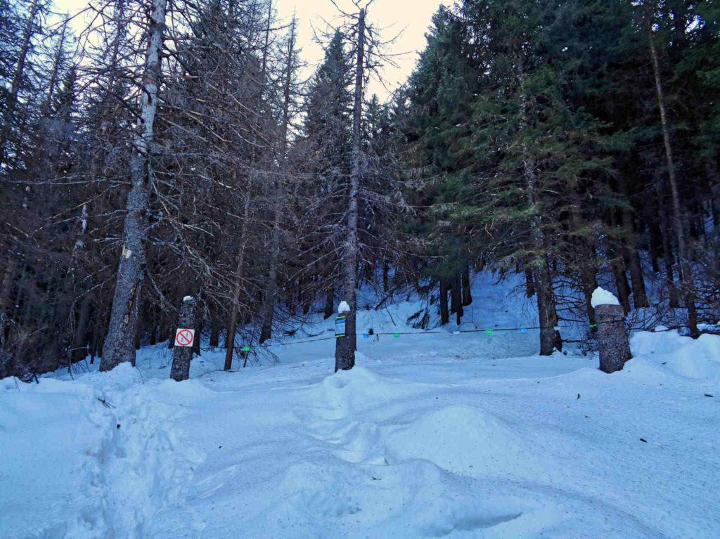Kondracka Przełęcz, zamknięty szlak
