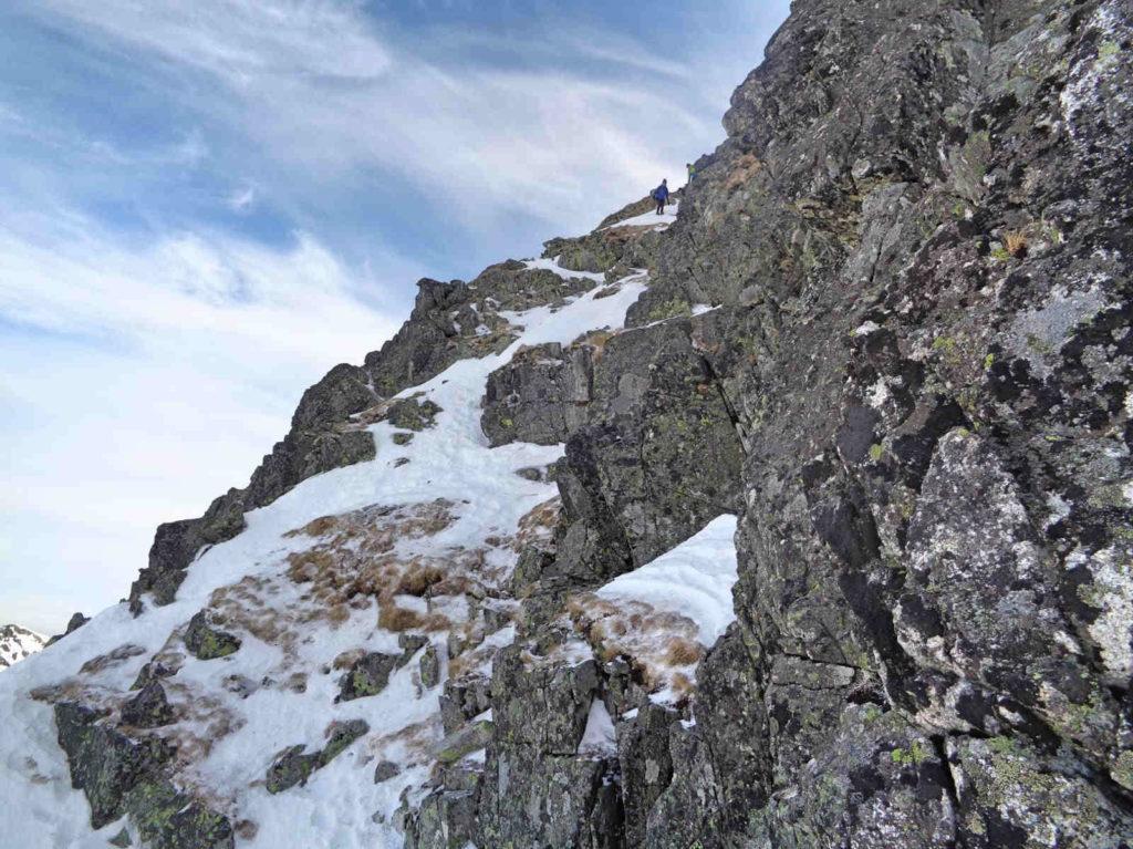 Skrajny Granat w zimie, trudności