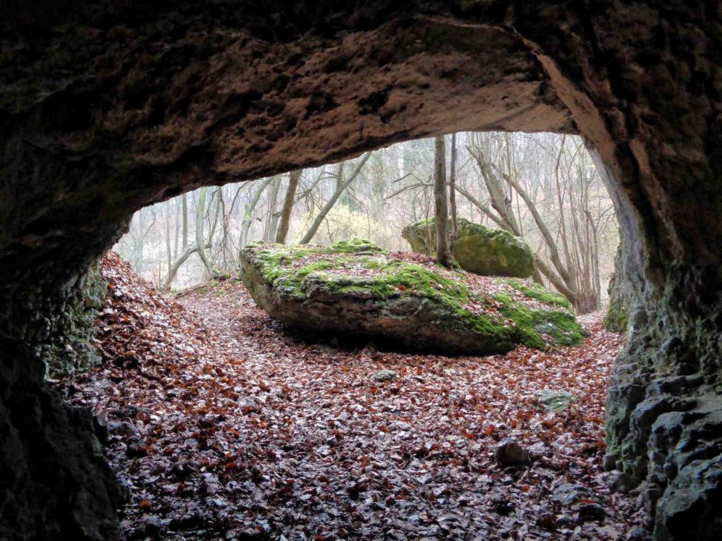 Jaskinia na Łopiankach