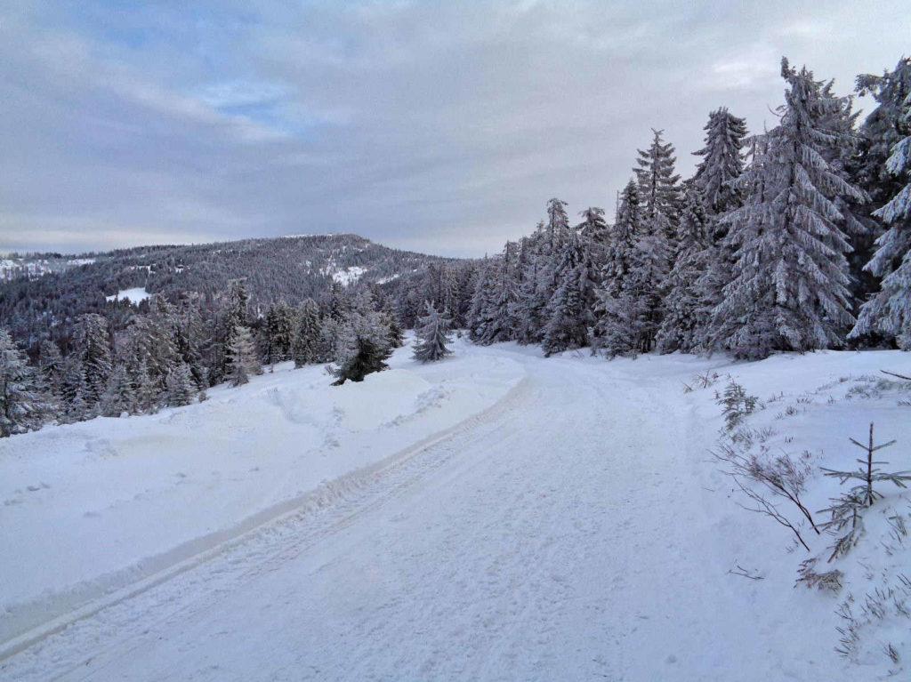 Turbacz, szlaki w zimie