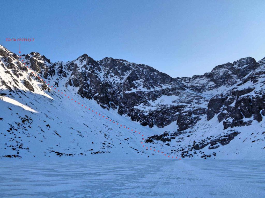 Zimowa droga na Żółtą Przełęcz