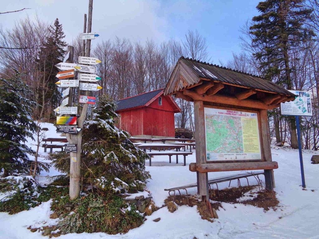 Leskowiec, szlaki zimą