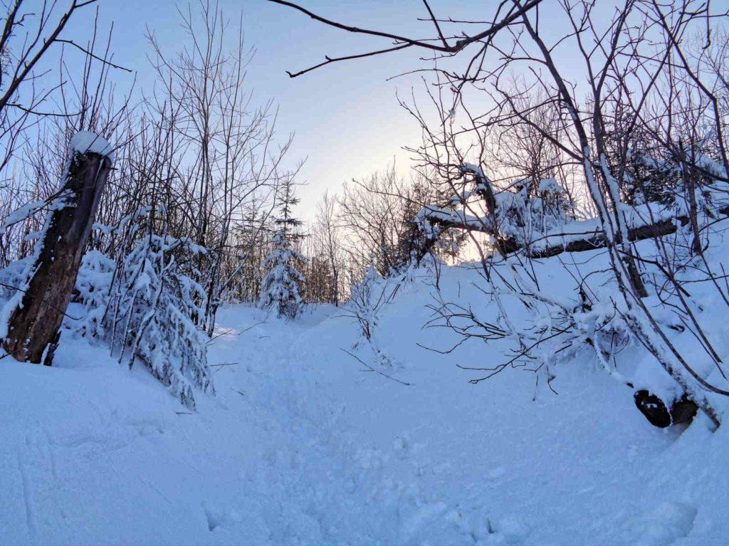 Hala Stoły, wejście zimą