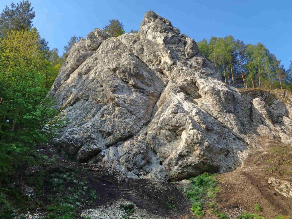 Dolina Kobylańska, skały