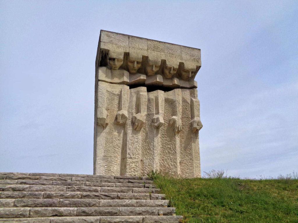 Kraków, Pomnik Ofiar Faszyzmu