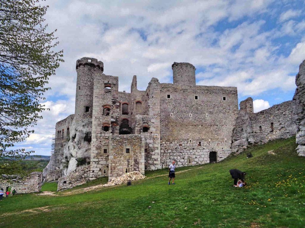 Ogrodzieniec, zamek