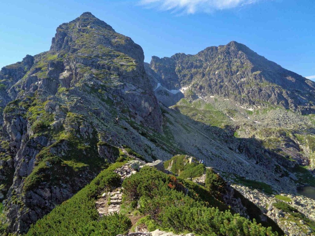 Przełęcz Karb, wejście czarnym szlakiem