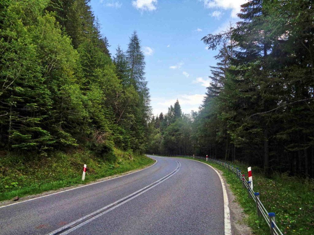 Przełęcz Krowiarki na rowerze