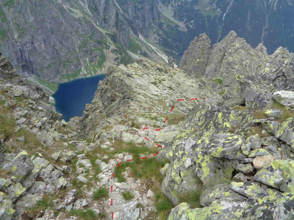 Żabi Szczyt Wyżni, zejście do Wyżniej Białczańskiej Przełęczy