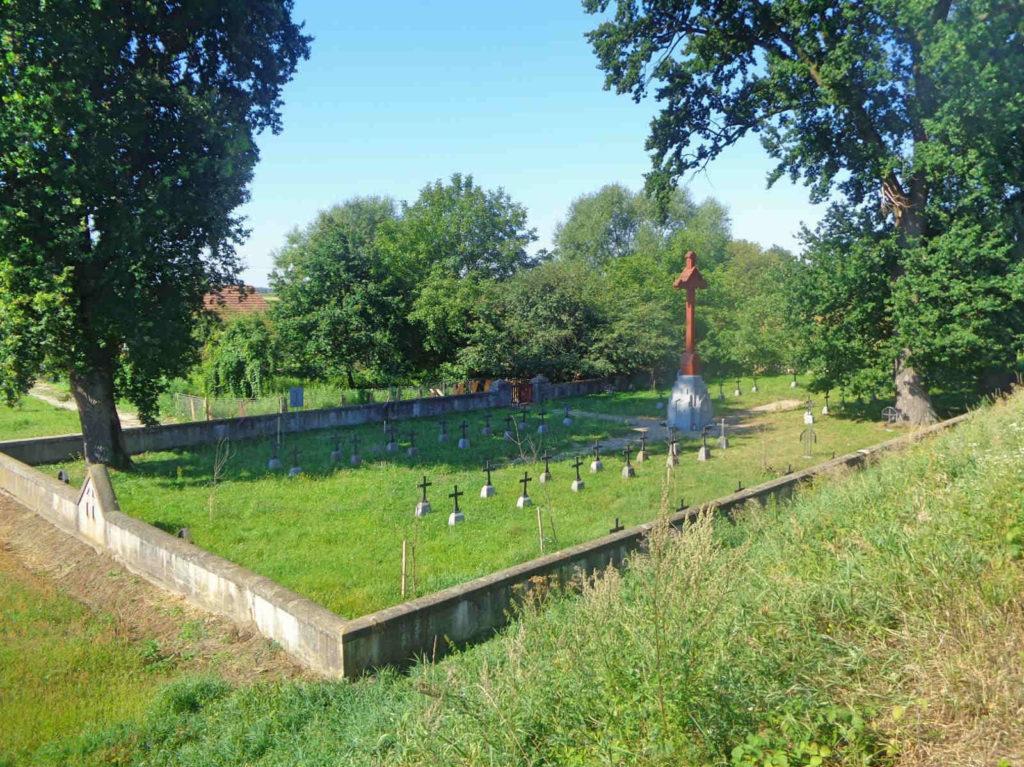 Velo Dunajec, cmentarz wojenny