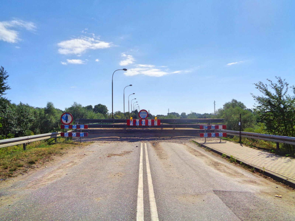 Ostrów, zamknięty most