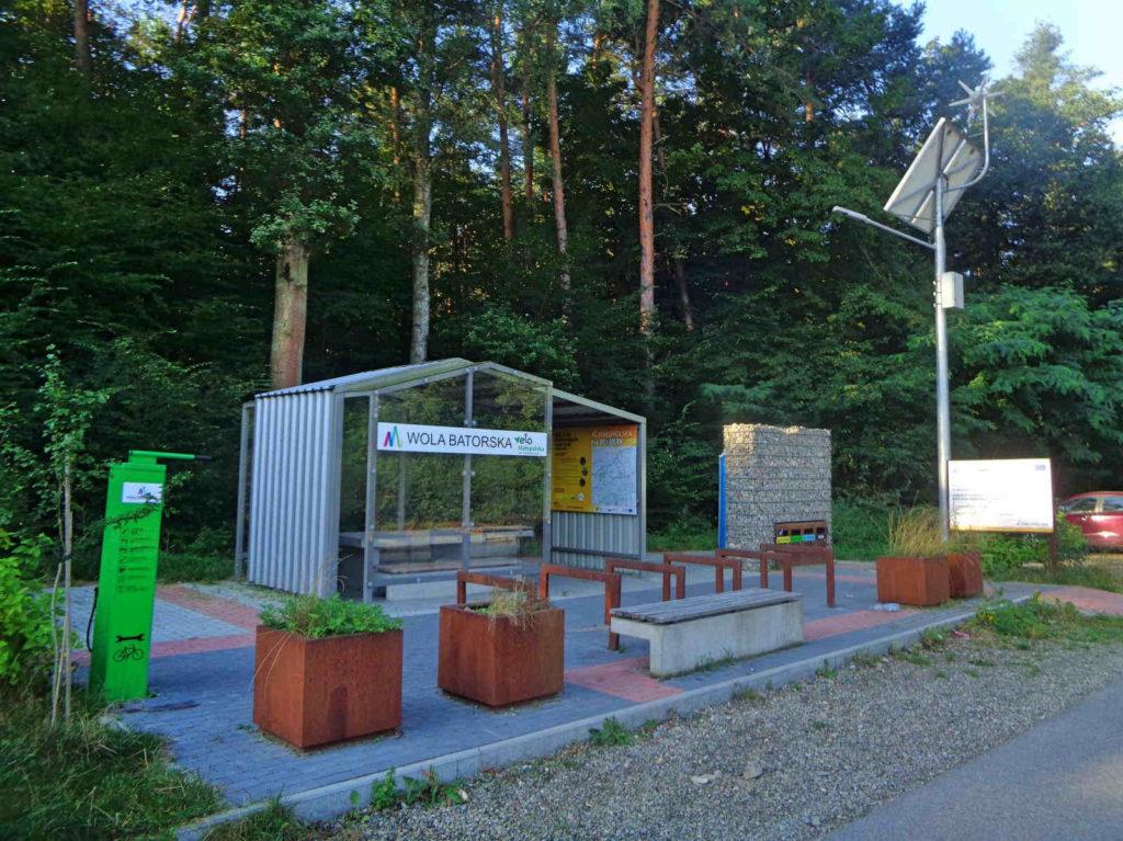 Puszcza Niepołomicka, miejsce obsługi rowerzystów