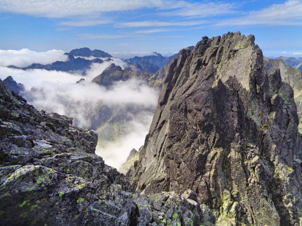 Zejście na Małą Durną Przełęcz