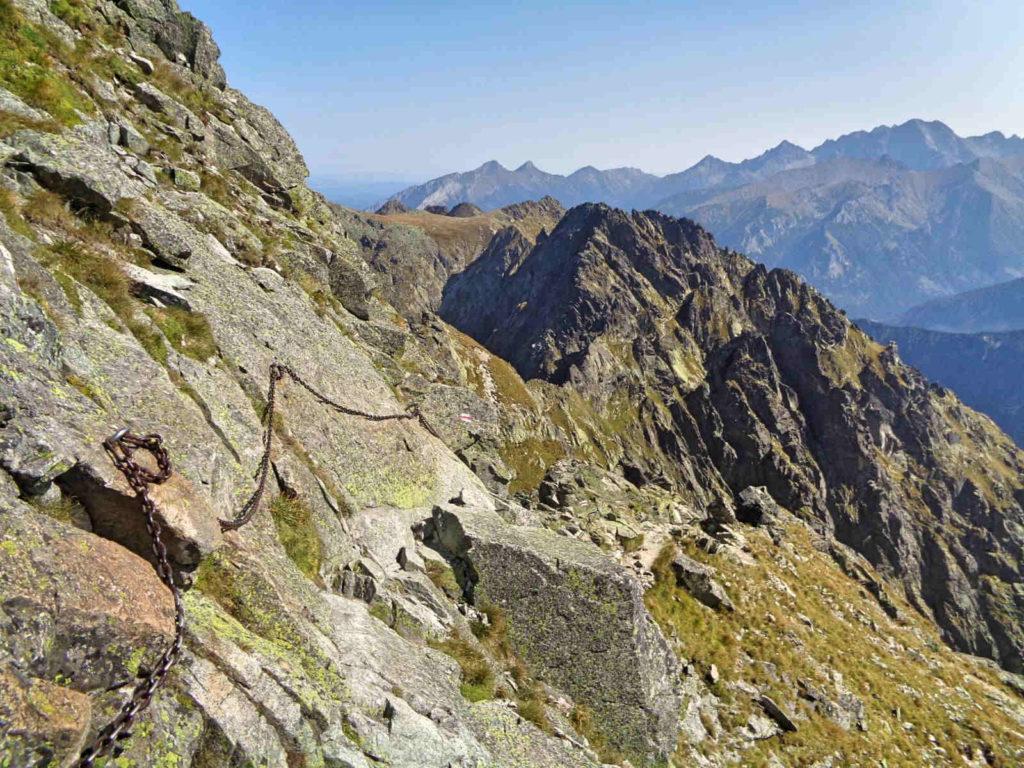 Skrajny Granat, zejście do Granackiej Przełęczy