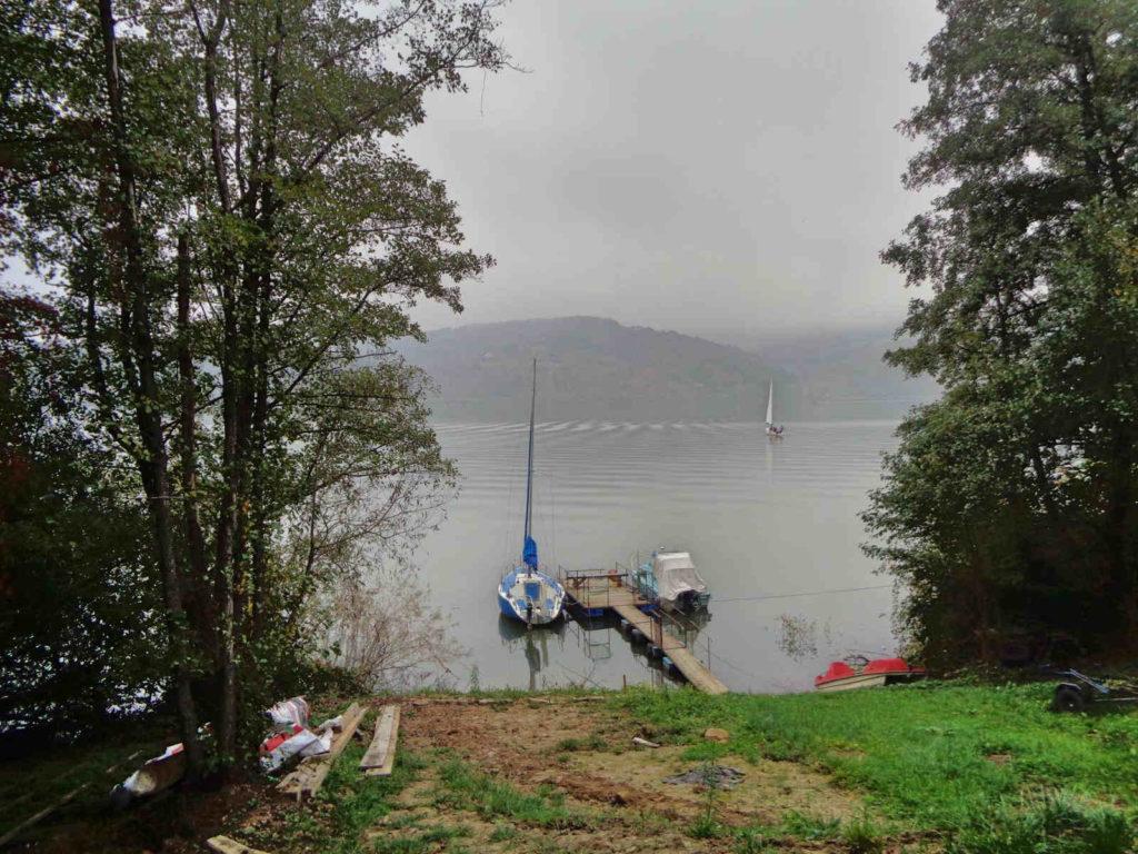 Jezioro Rożnowskie, Łosisina Dolna
