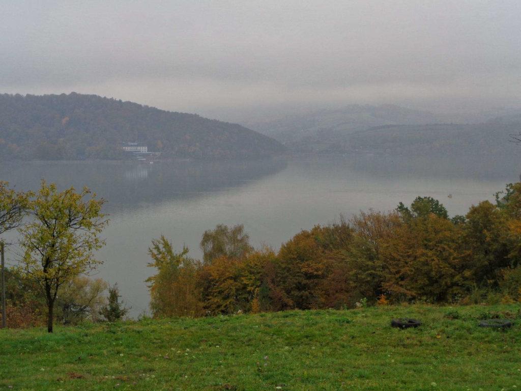 Widok na Jezioro Rożnowskie