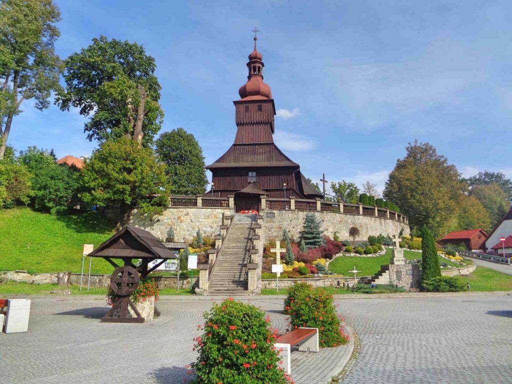 Łodygowice, kościół