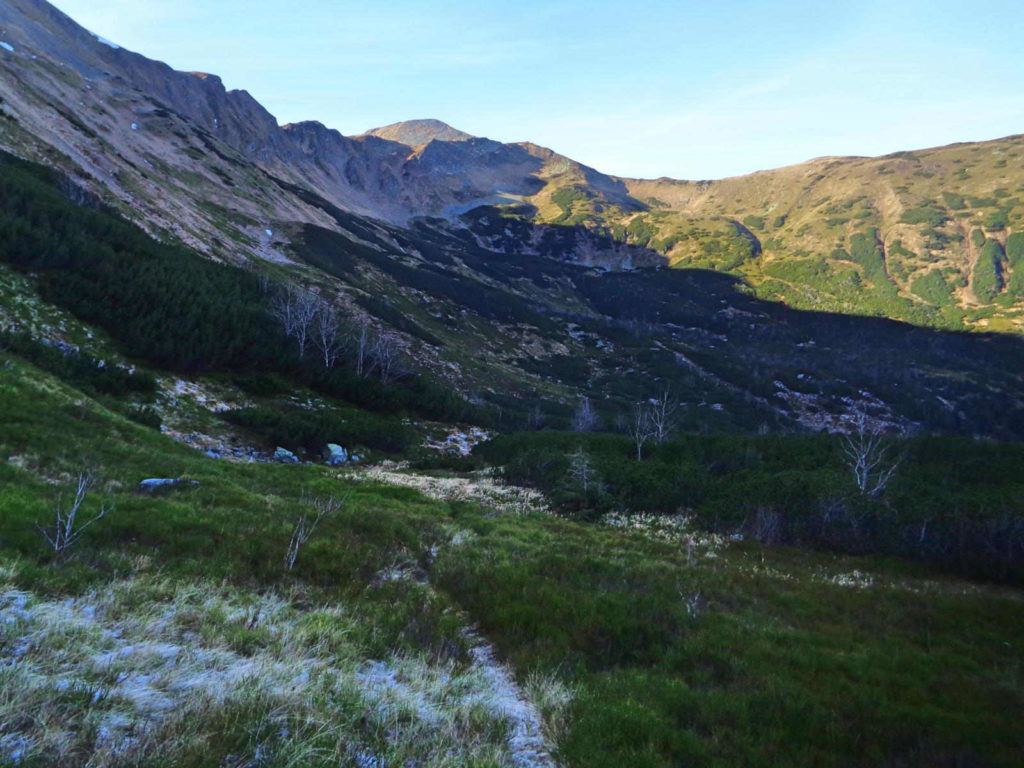 Pyszniańska Przełęcz, stary szlak
