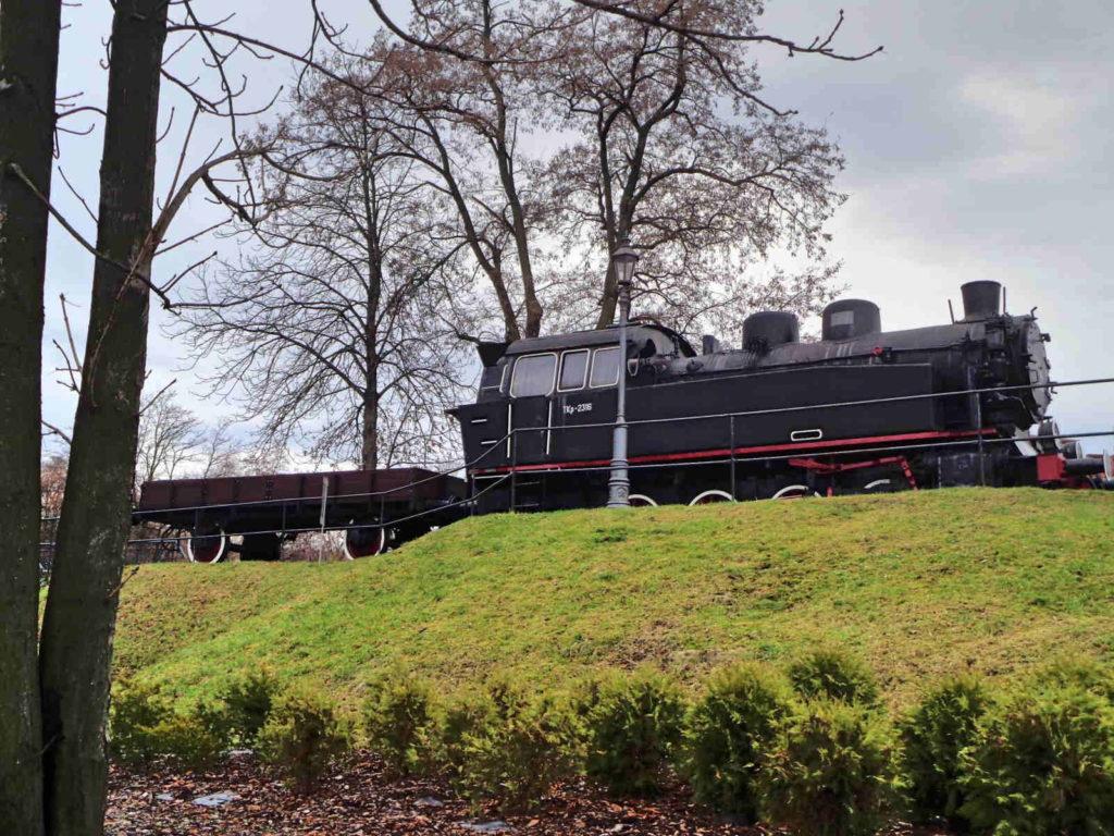 Park Kingi, pociągi