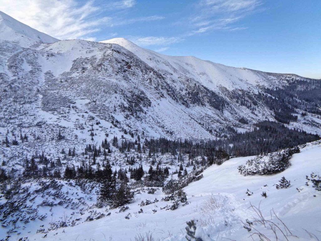 Dolina Starorobociańska w zimie