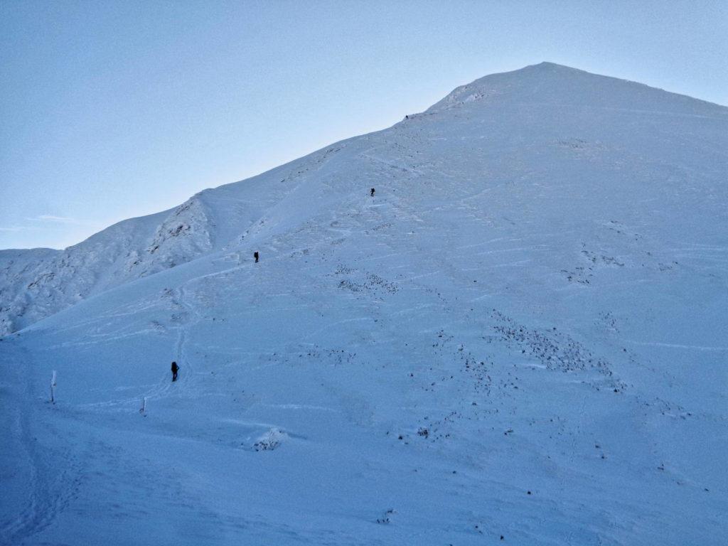 Przełęcz Bystry Karb zimą