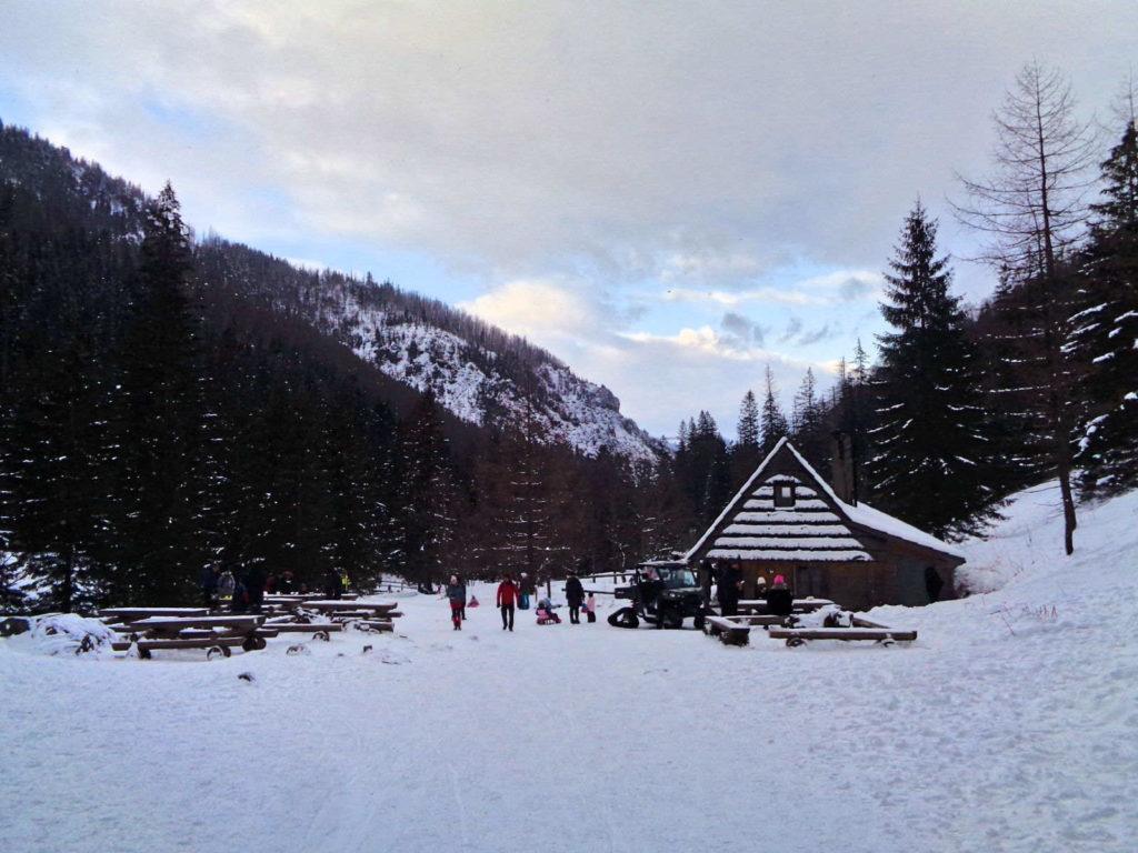 Polana Strążyska w zimie