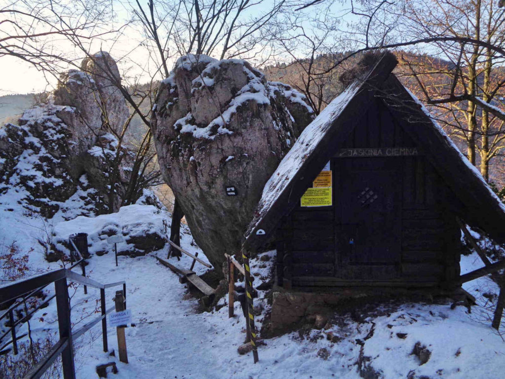 Ojcowski Park Narodowy, Jaskinia Ciemna