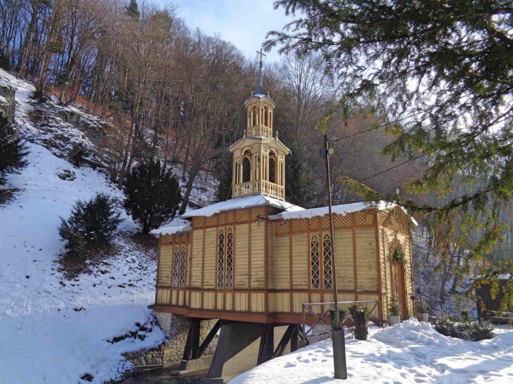 Ojcowski Park Narodowy, Kaplica na Wodzie