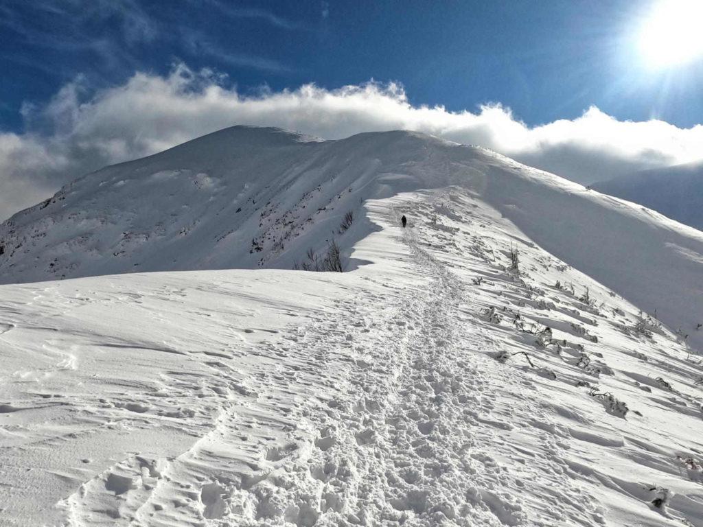 Kondracka Przełęcz w zimie