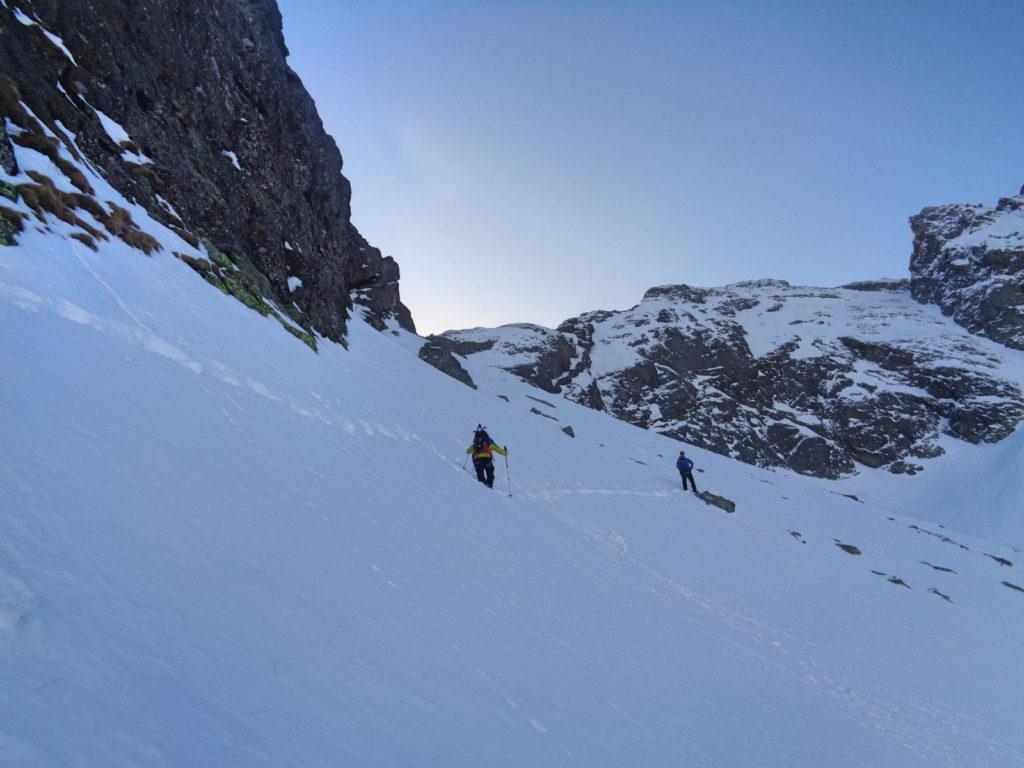 Wejście na Mylną Przełęcz w zimie