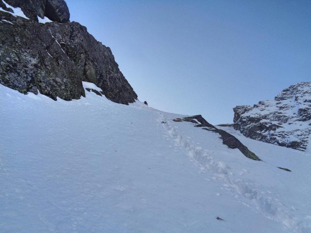 Wejście na Mylną Przełęcz zimą