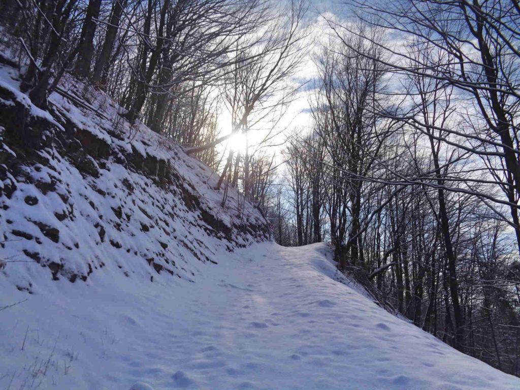 Góra Żar, wejście zimą