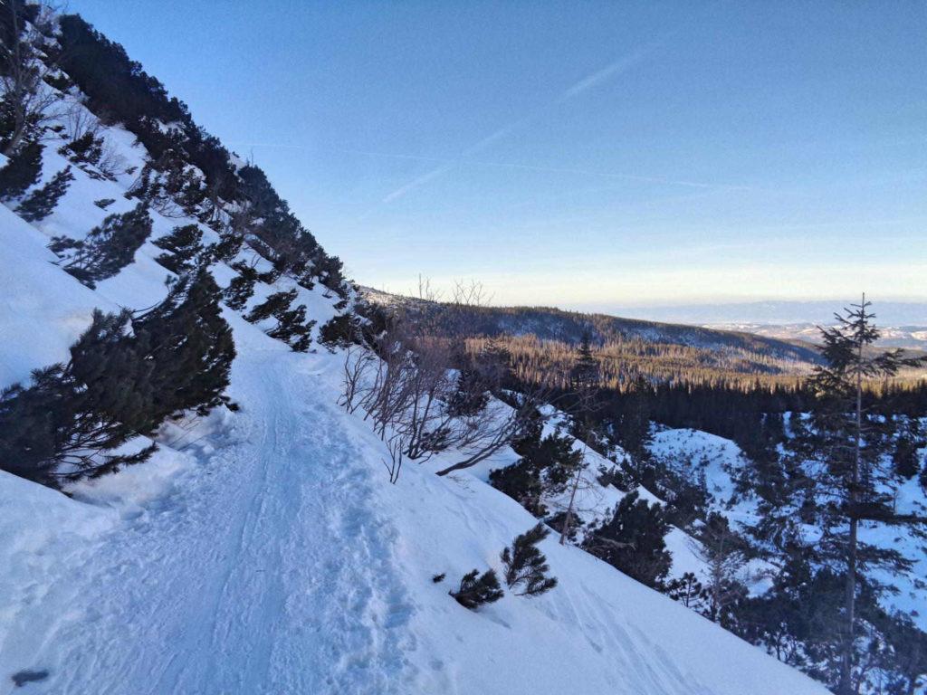Dolina Czarna Gąsienicowa zimą
