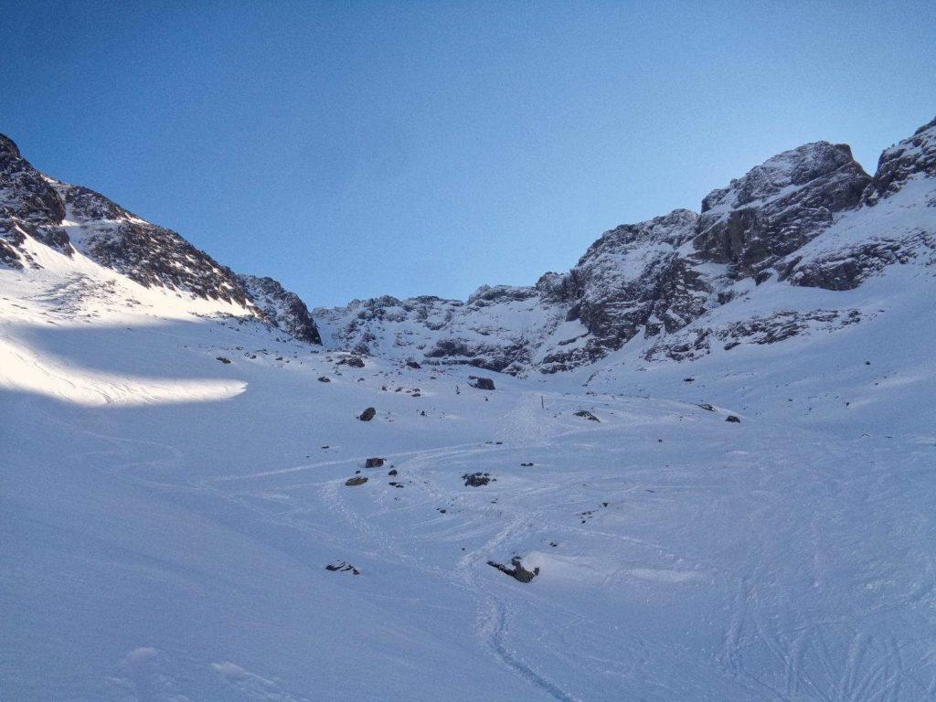 Szlak do Koziej Dolinki w zimie