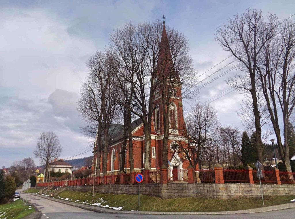 Krzeszów, kościół