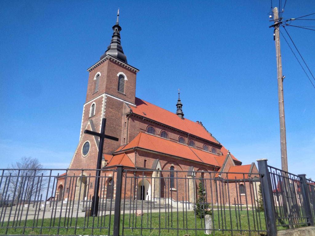 Niegowić, kościół